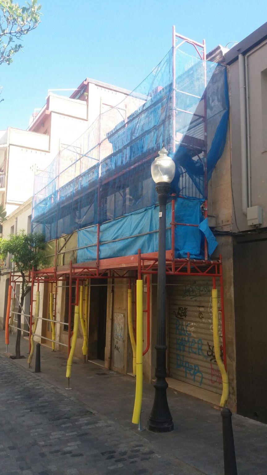 rehabilitació façana Barcelona Sant Andreu bastida.jpg